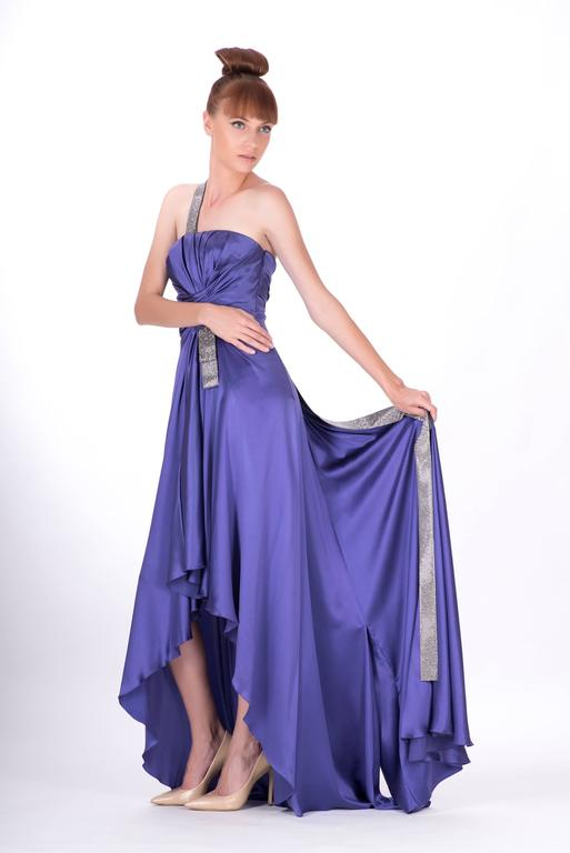 New VERSACE PURPLE CRYSTAL EMBELLISHED LONG DRESS In New never worn Condition For Sale In Montgomery, TX