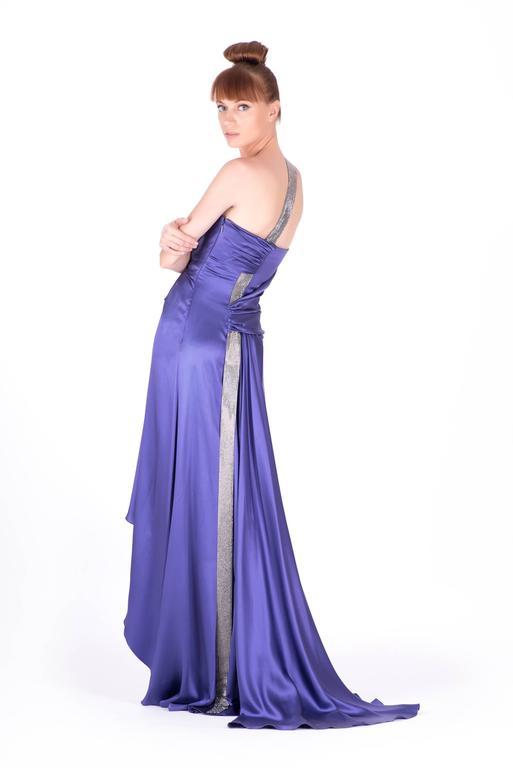 New VERSACE PURPLE CRYSTAL EMBELLISHED LONG DRESS For Sale 1