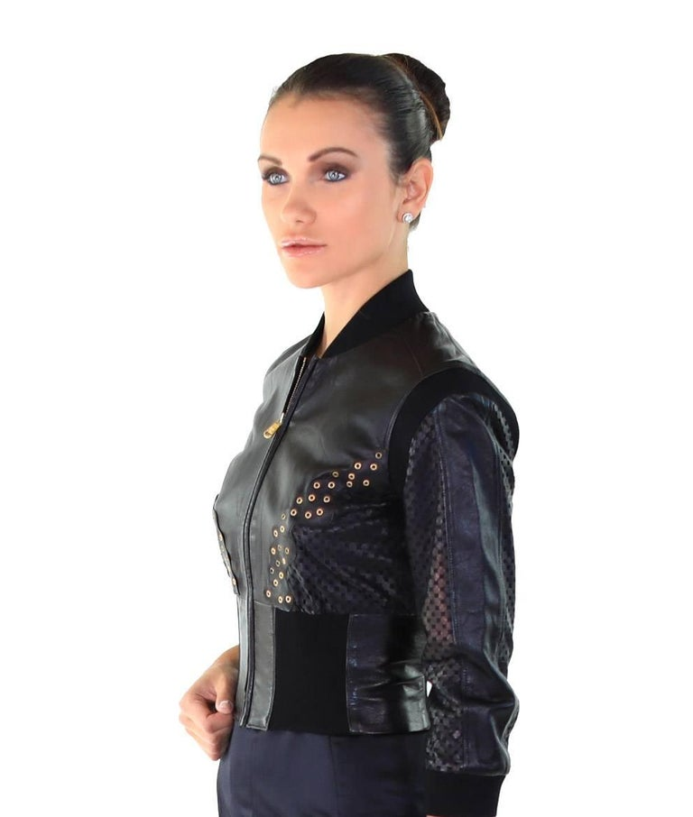 9635d842 New VERSACE Cropped Black Leather Jacket