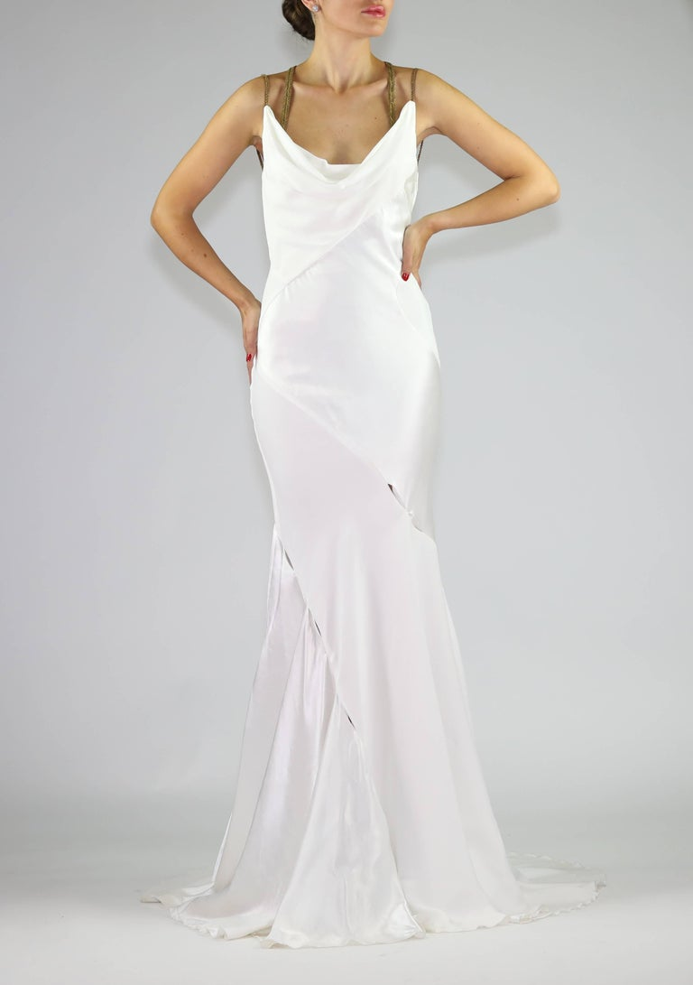 F/W 2014 VERSACE RUNWAY FINALEE WHITE GOWN Size 38 In New never worn Condition For Sale In Montgomery, TX