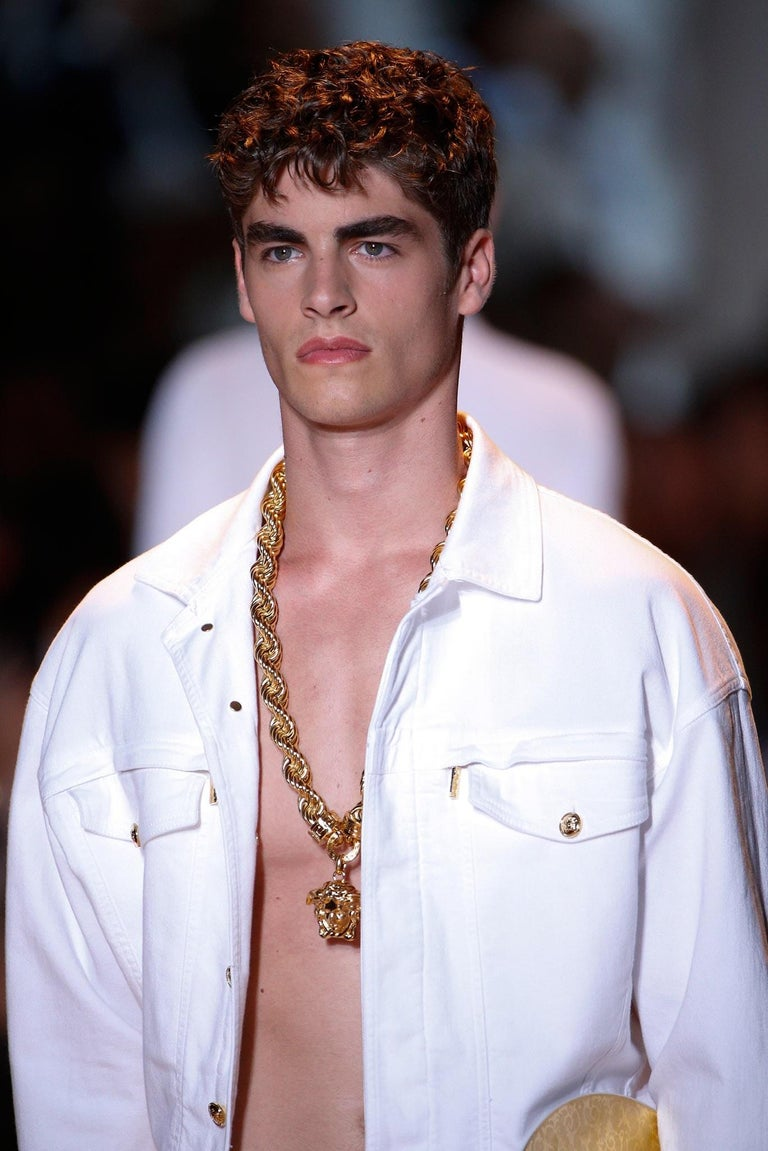 New Versace Runway 24K Gold Plated Medusa Chain Necklace as seen on Bruno Mars For Sale 7