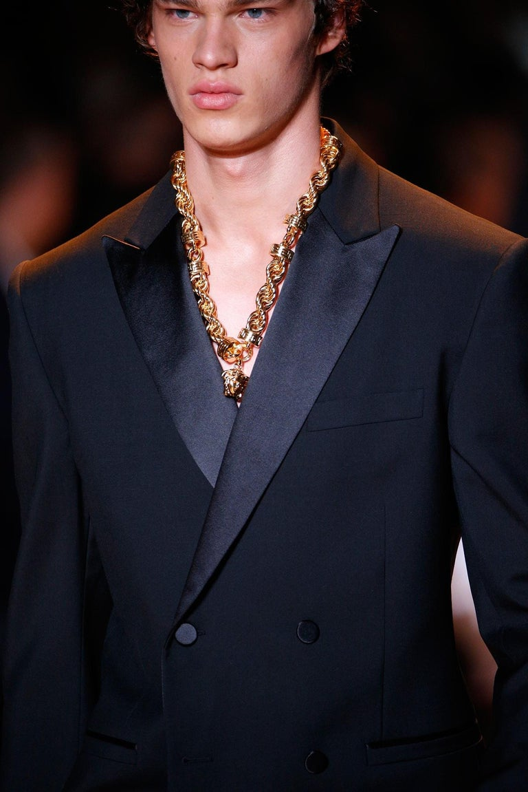 New Versace Runway 24K Gold Plated Medusa Chain Necklace as seen on Bruno Mars For Sale 10
