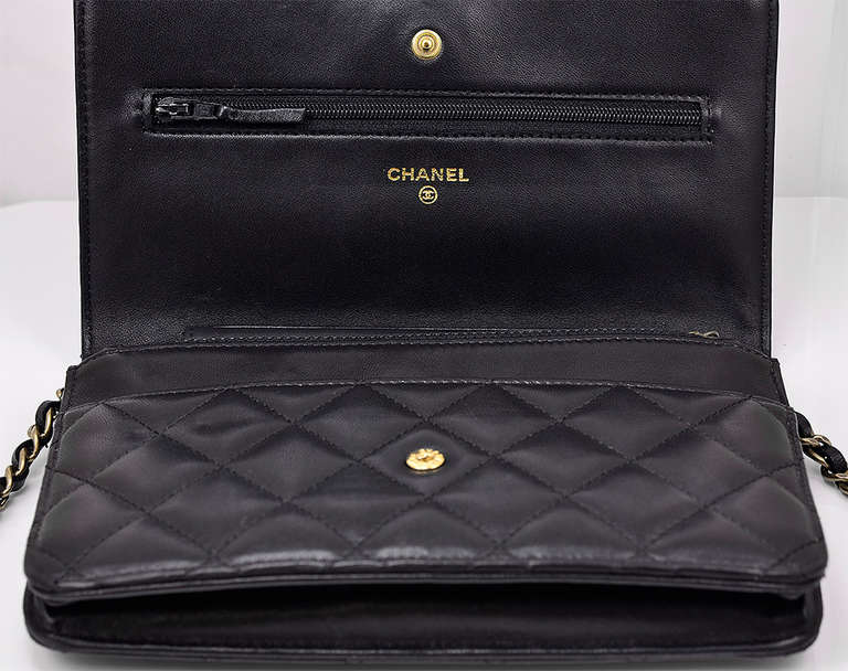 Chanel Quilted Black Wallet on Chain Bag 3