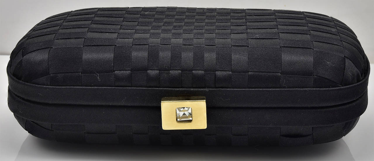 Chic Classic Bottega Veneta Black Satin Knot Clutch In Excellent Condition For Sale In Teaneck, NJ