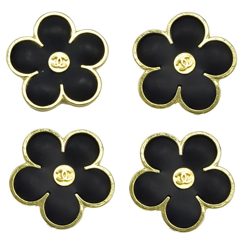 Gorgeous Rare Chanel Flower Buttons For Sale