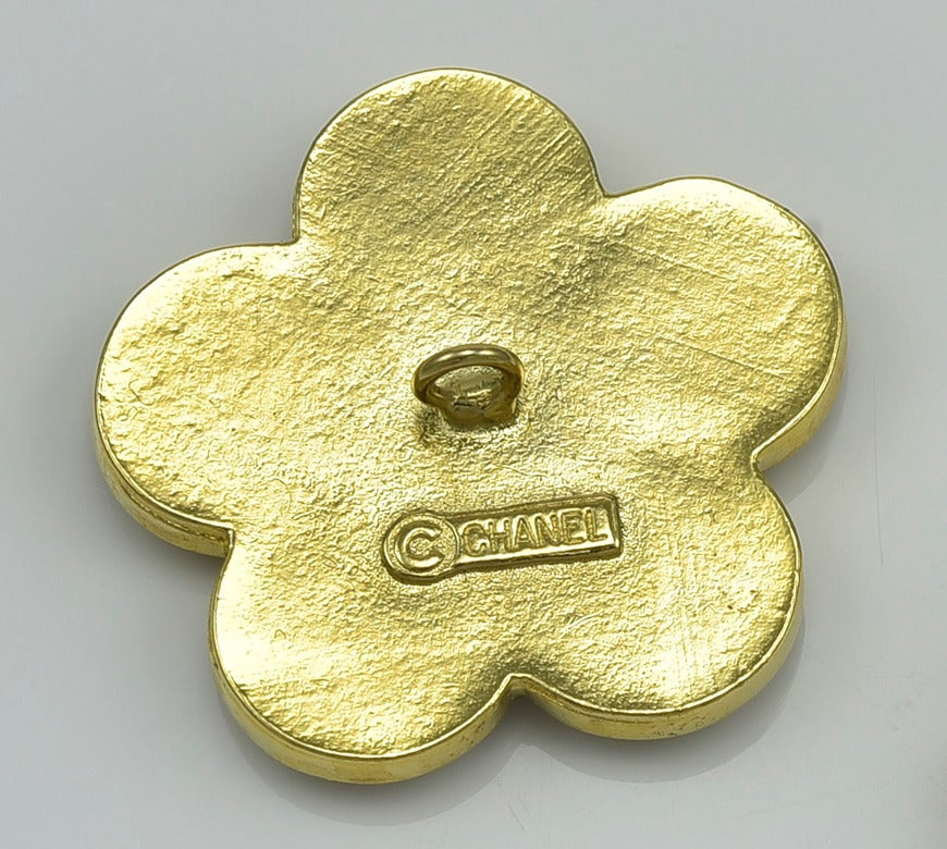 Gorgeous Rare Chanel Flower Buttons 2