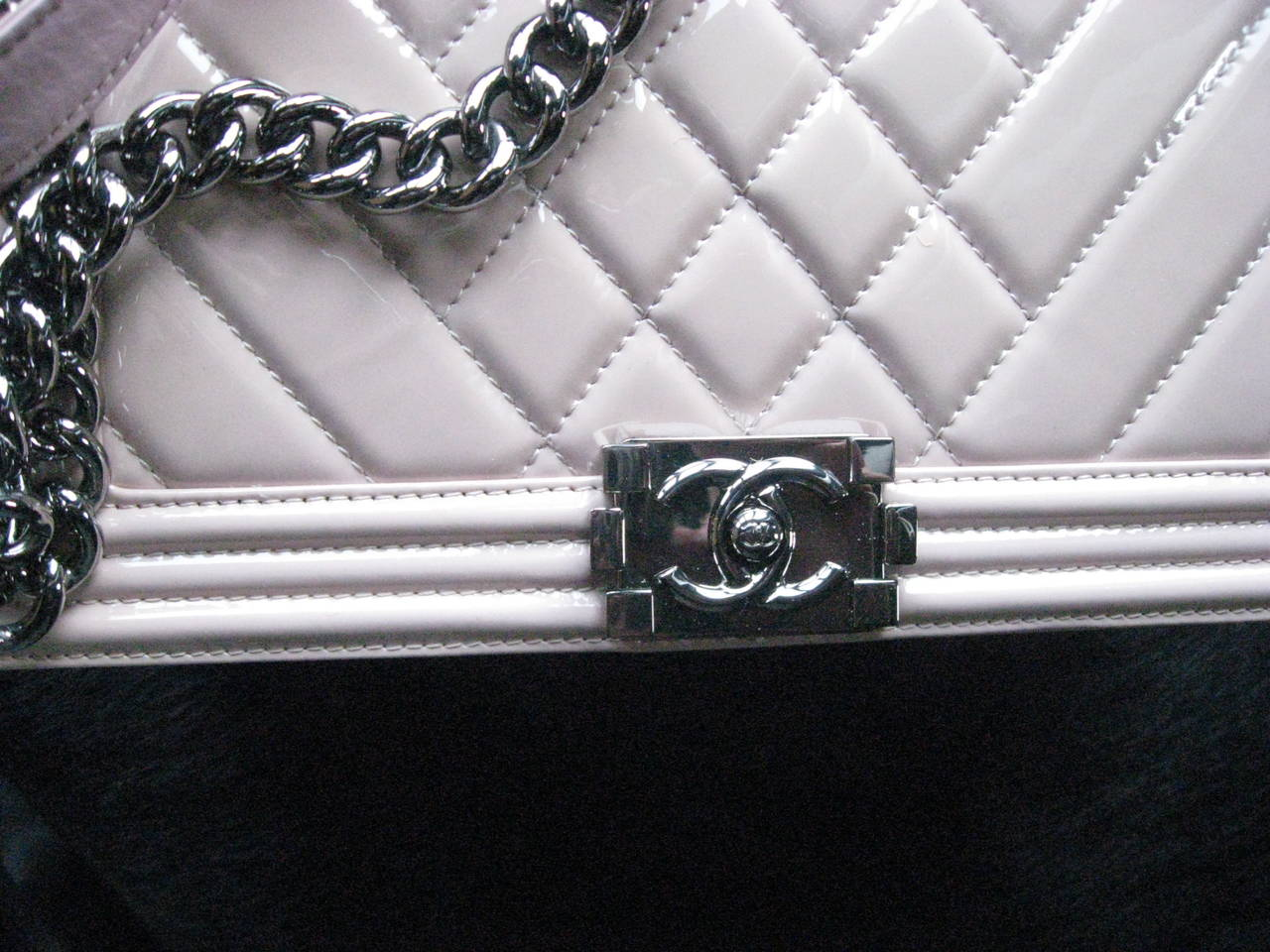 Gray Chanel Pink Patent Leather Medium Chevron Quilted Boy Bag For Sale