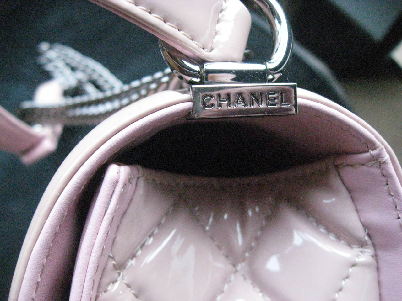 Chanel Pink Patent Leather Medium Chevron Quilted Boy Bag In New Condition For Sale In Water Mill, NY