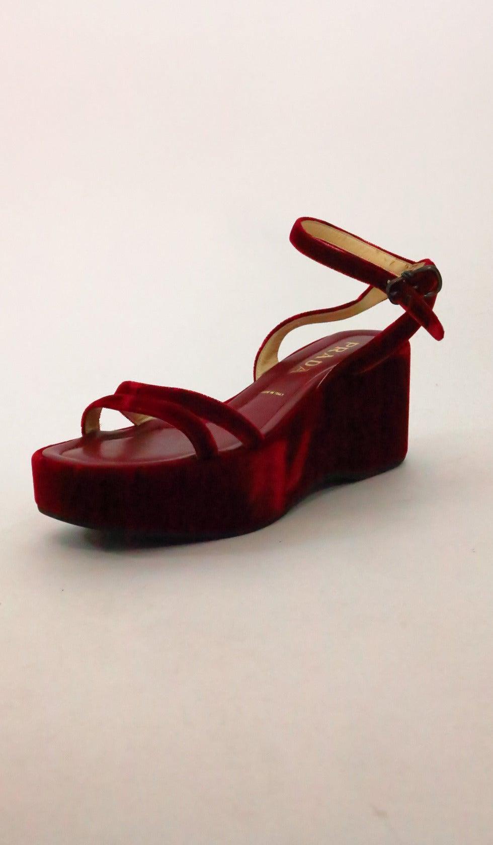 Prada red velvet platfrom sandals 39 6