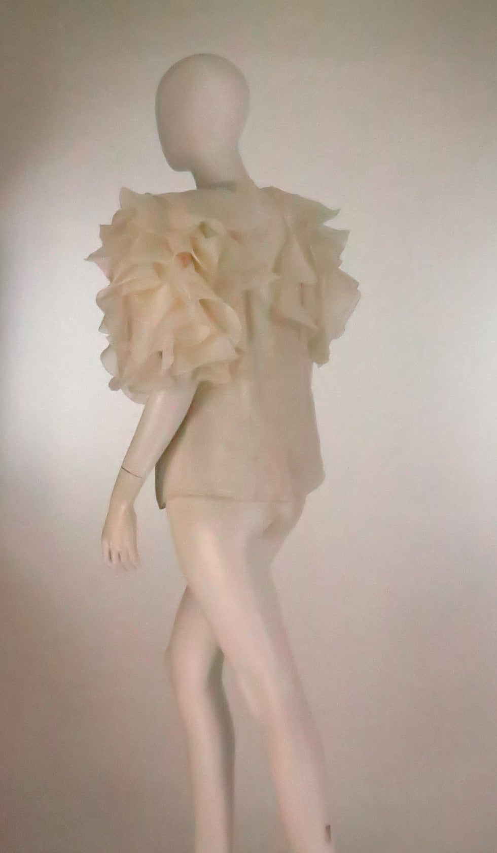 1990s Oscar de la Renta ivory organza ruffle sleeve blouse 6