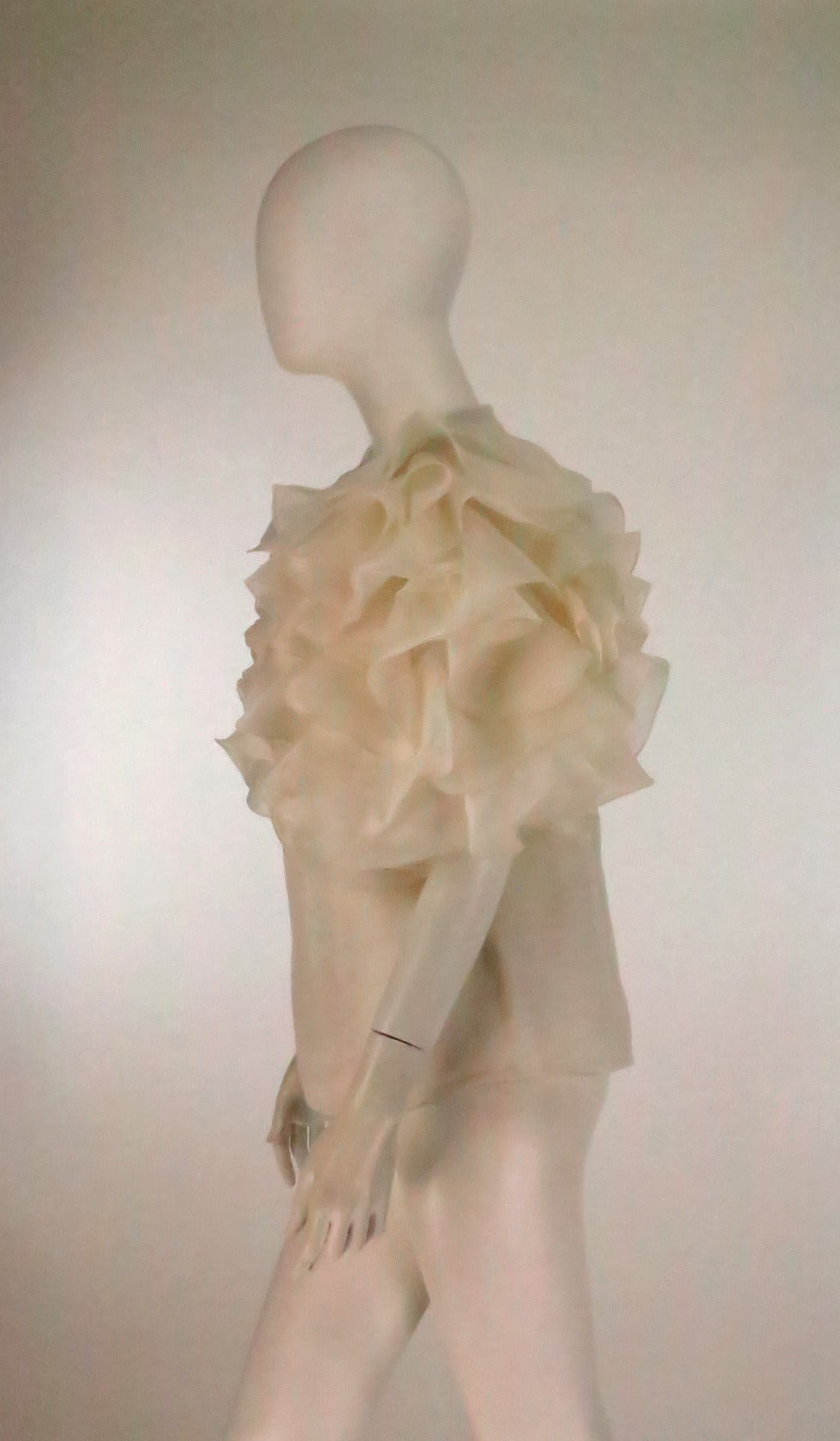 1990s Oscar de la Renta ivory organza ruffle sleeve blouse 7