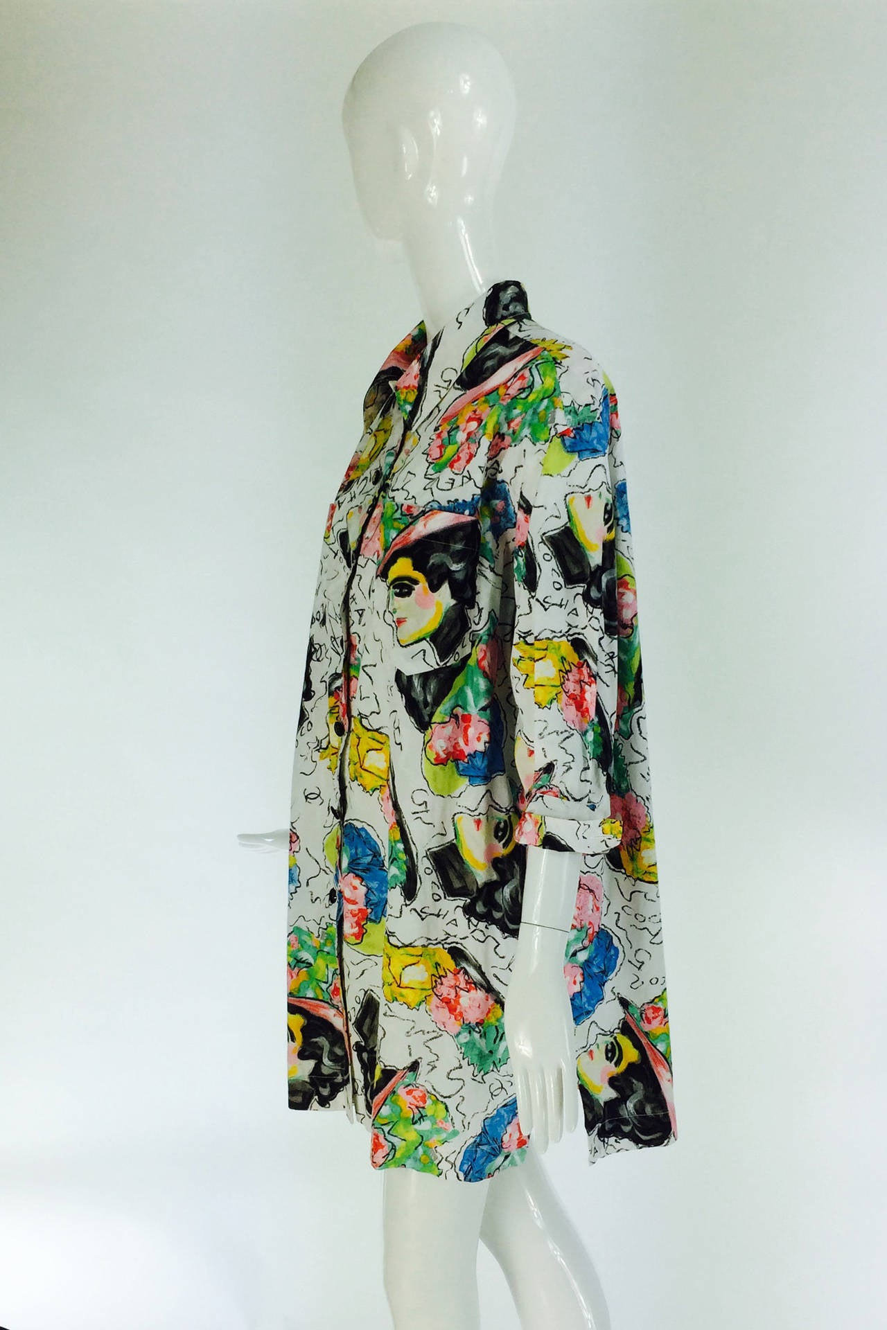 1980s Chanel Mme Coco painterly cotton tunic big shirt In Excellent Condition For Sale In West Palm Beach, FL