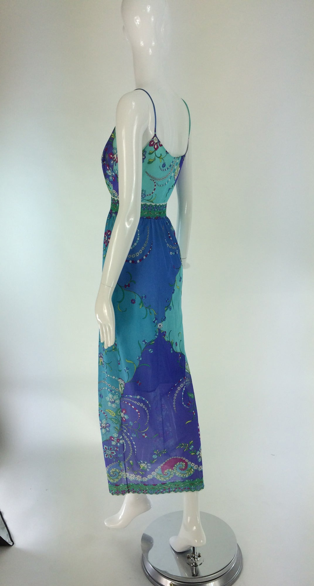 1960s Emilio Pucci for Formfit Rogers at home gown For Sale 1