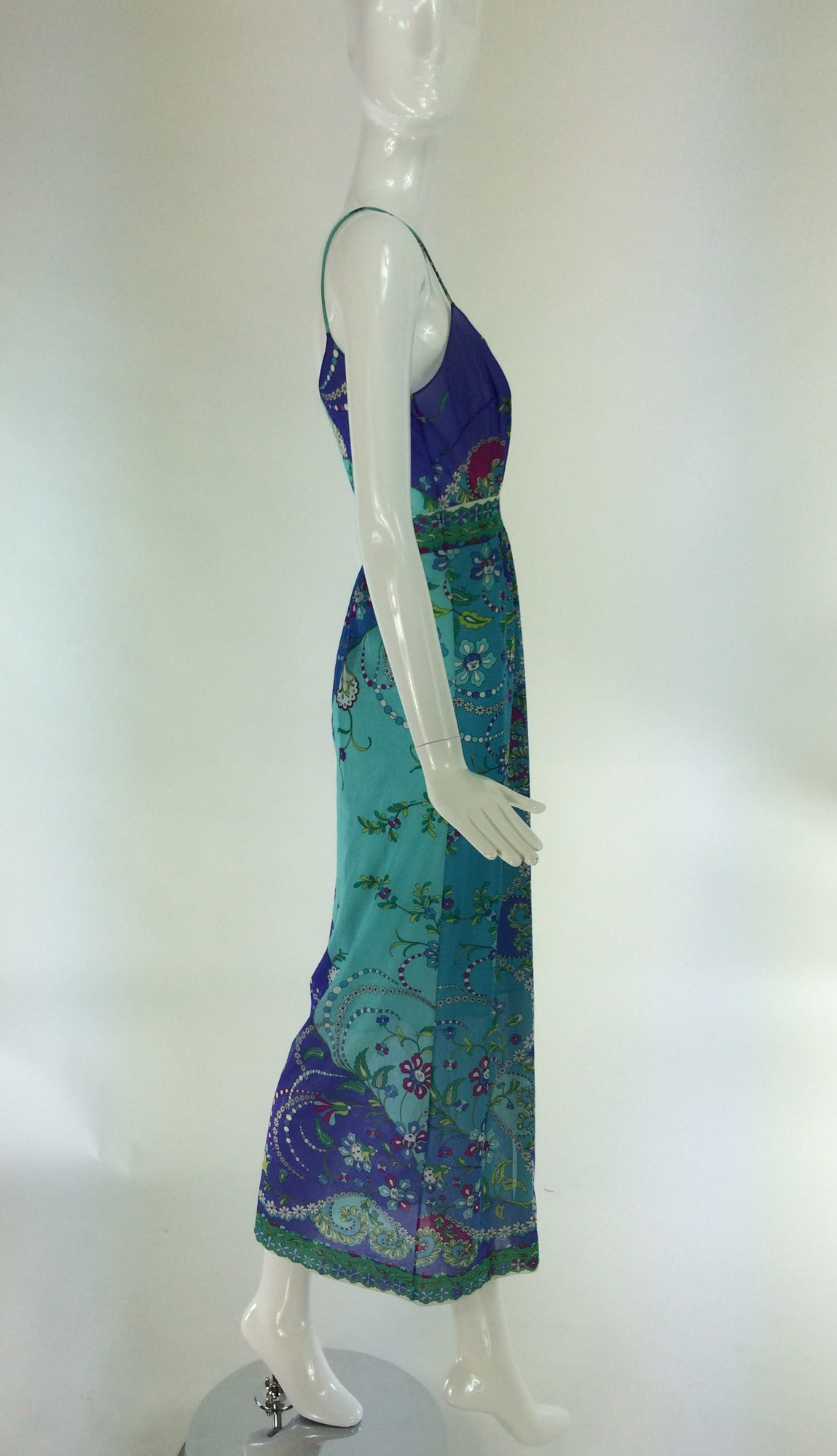 1960s Emilio Pucci for Formfit Rogers at home gown For Sale 3