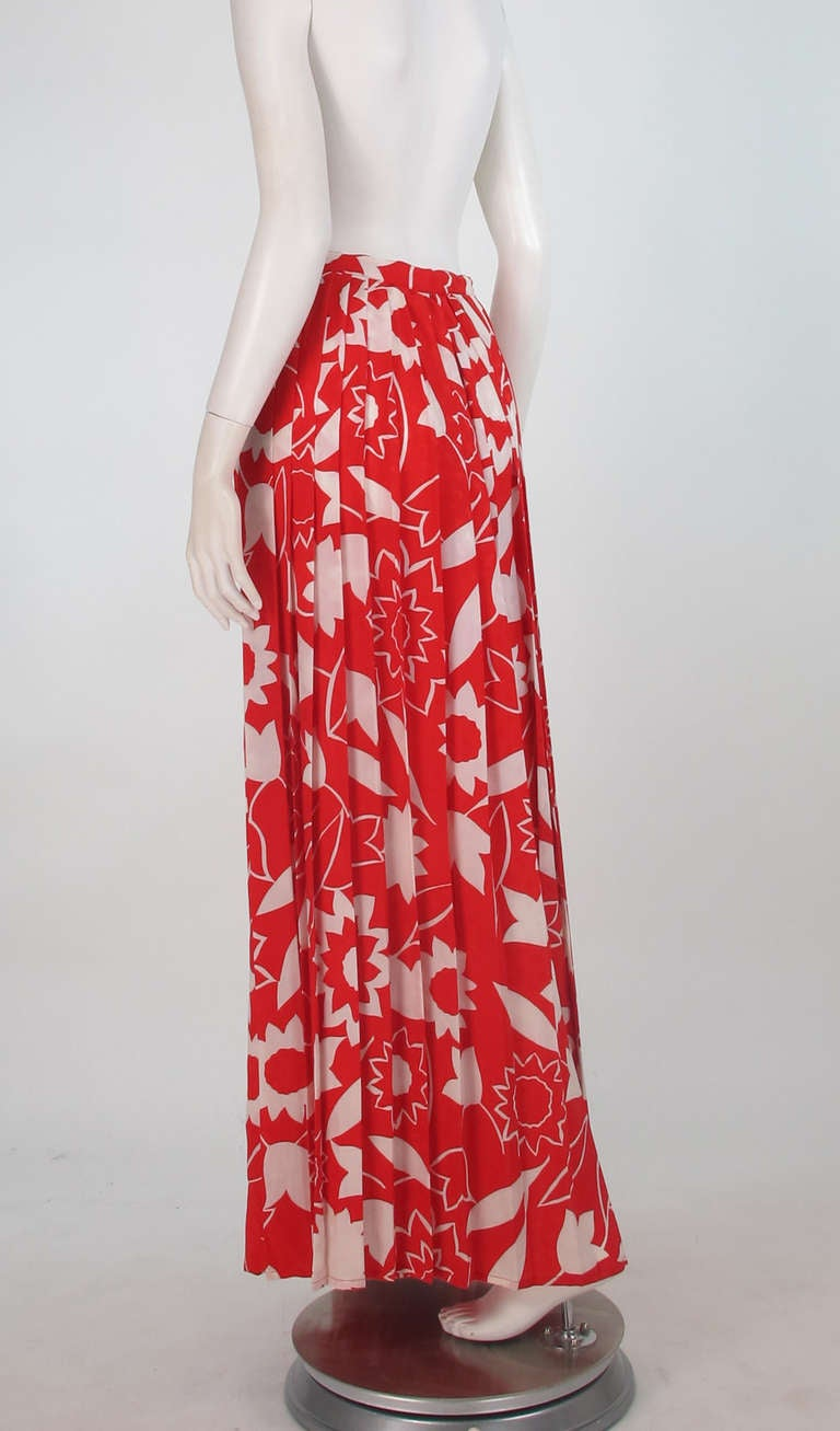 1970s Adolfo red & white floral silk pleated palazzo pants 6