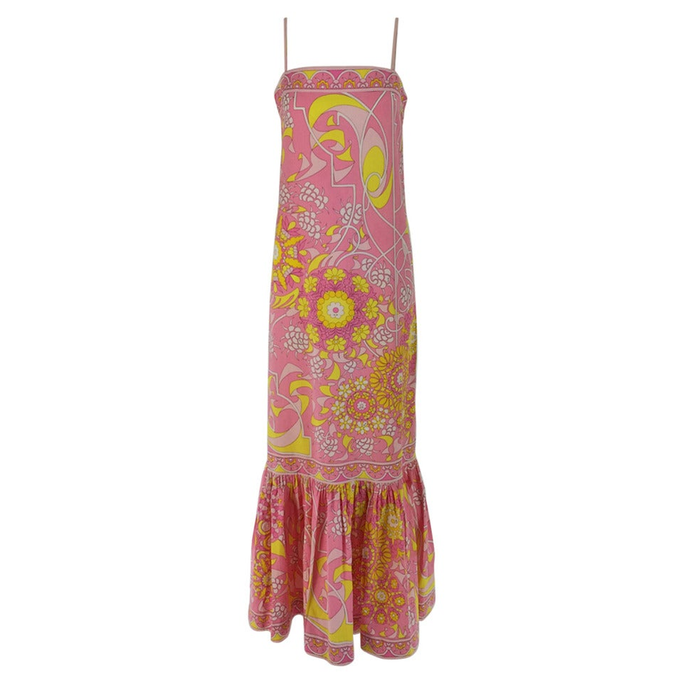Emilio Pucci printed cotton maxi dress out of the ordinary design 1960s For Sale