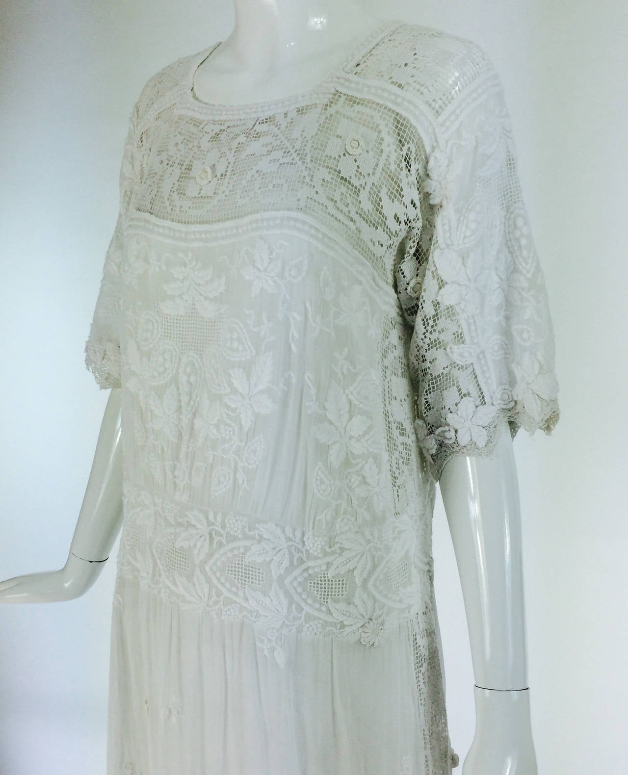 Edwardian embroidered white batiste & handmade lace dress 2