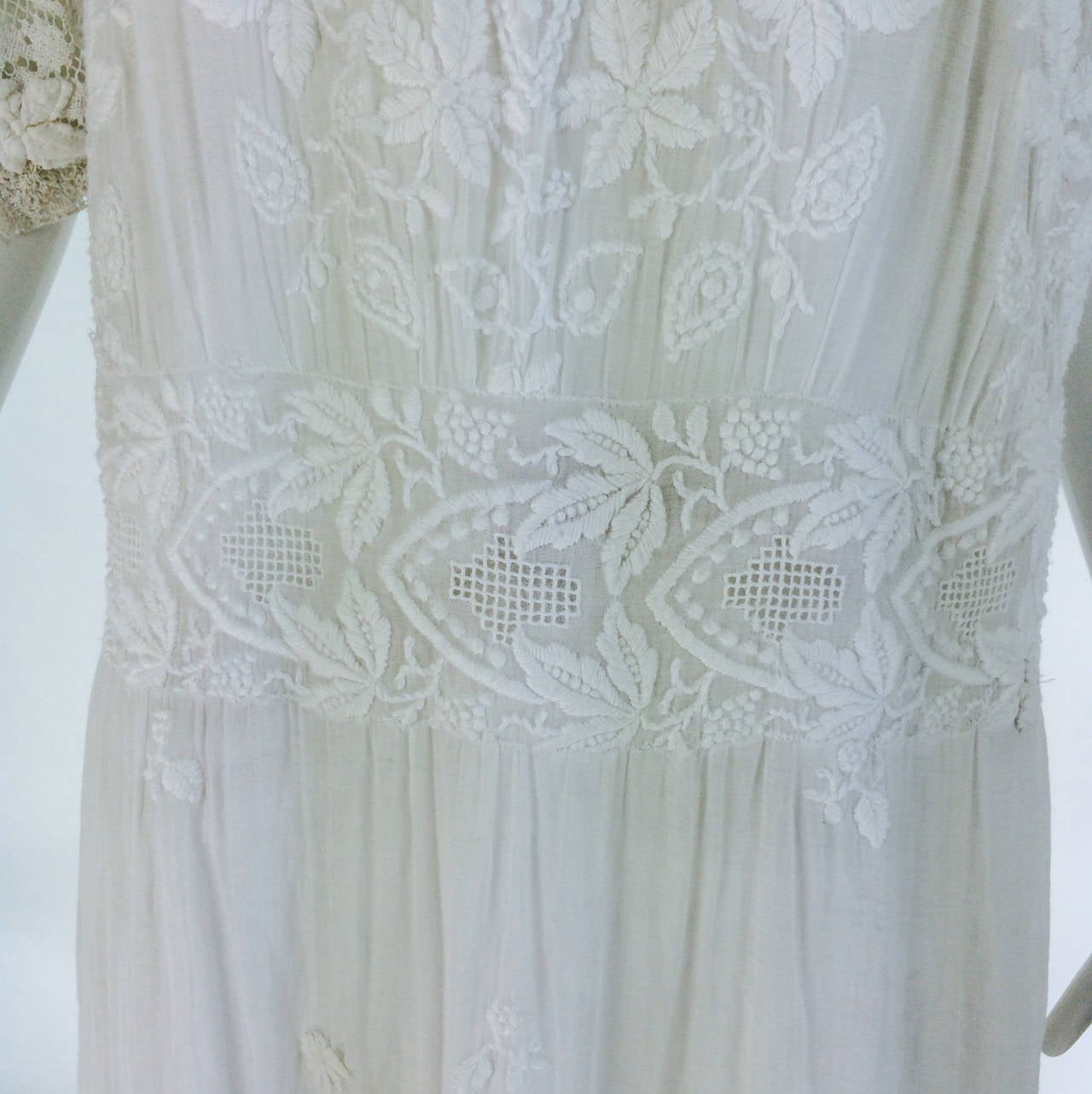 Edwardian embroidered white batiste & handmade lace dress 8