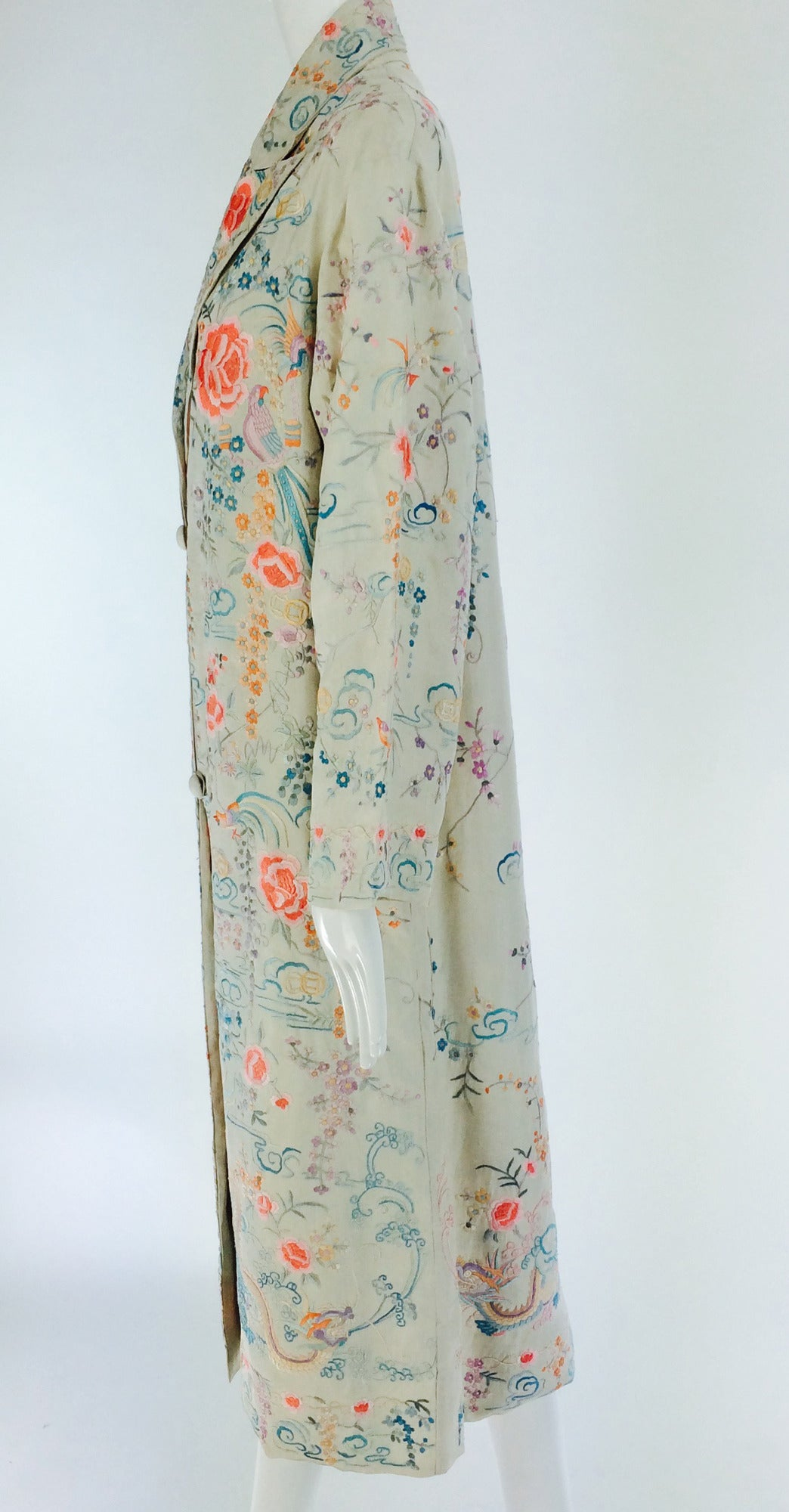 1920s Canton export ivory silk embroidered evening coat 8