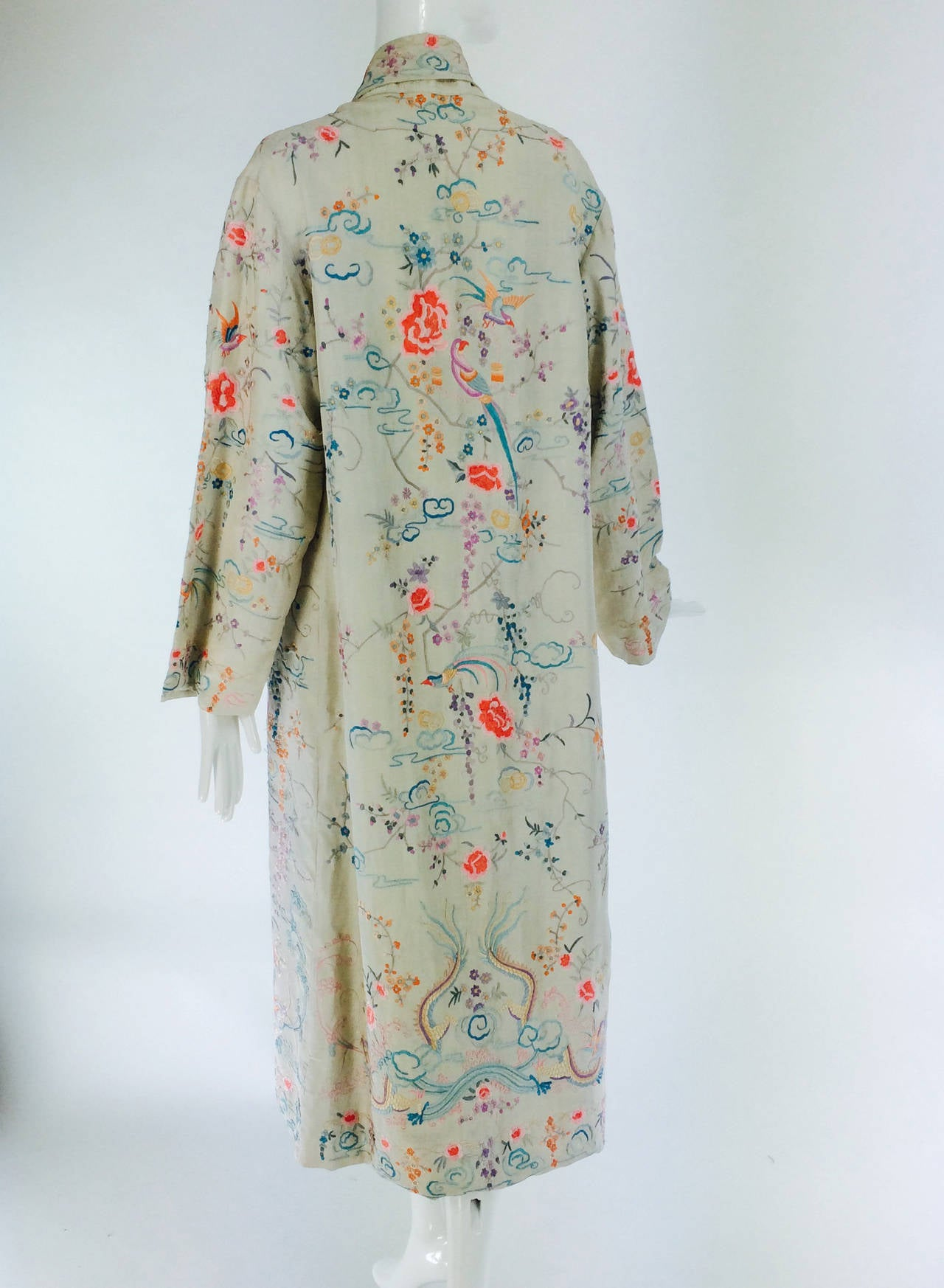 1920s Canton export ivory silk embroidered evening coat 7