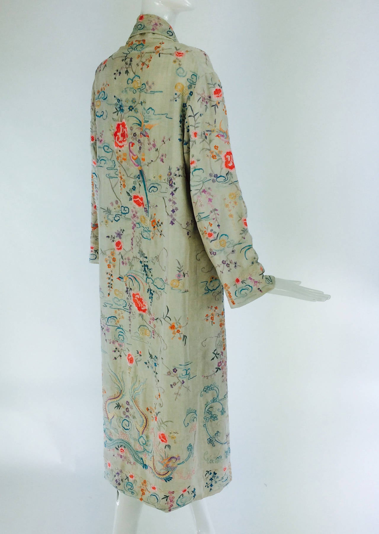 1920s Canton export ivory silk embroidered evening coat 5