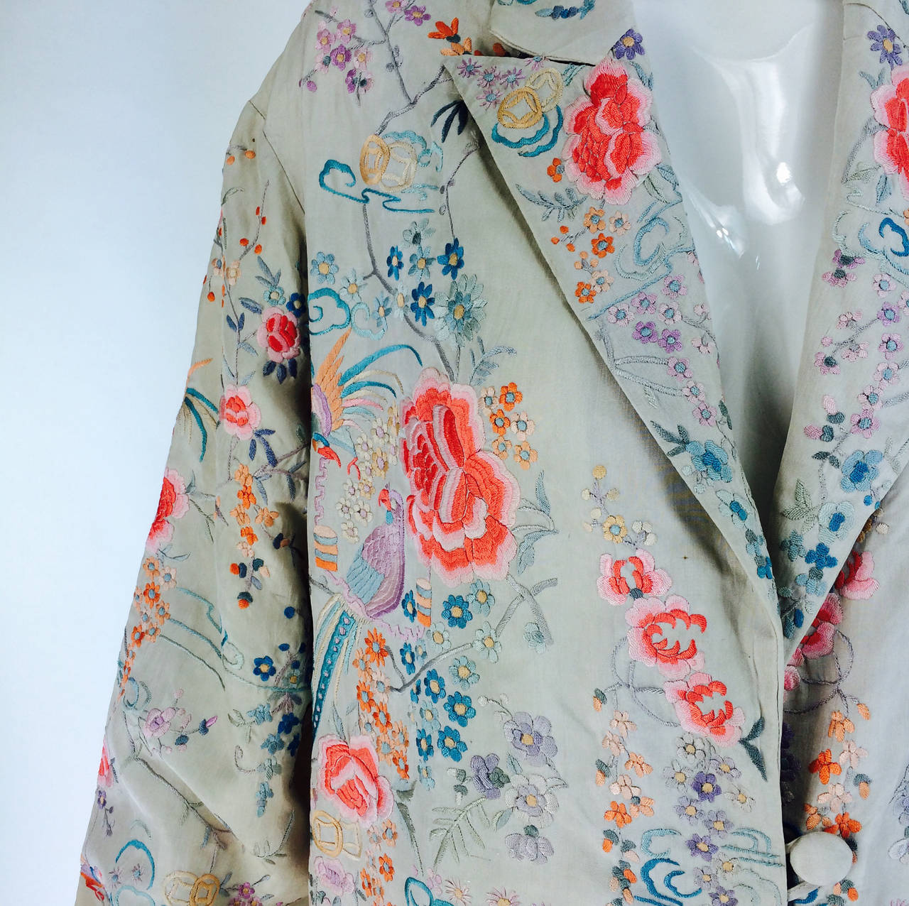 1920s Canton export ivory silk embroidered evening coat 2