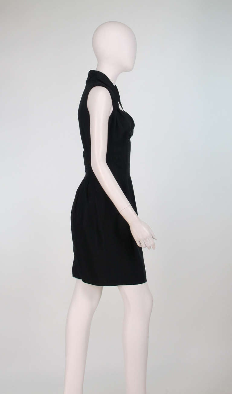 1990s Fendi black linen sweetheart neckline dress In Excellent Condition For Sale In West Palm Beach, FL