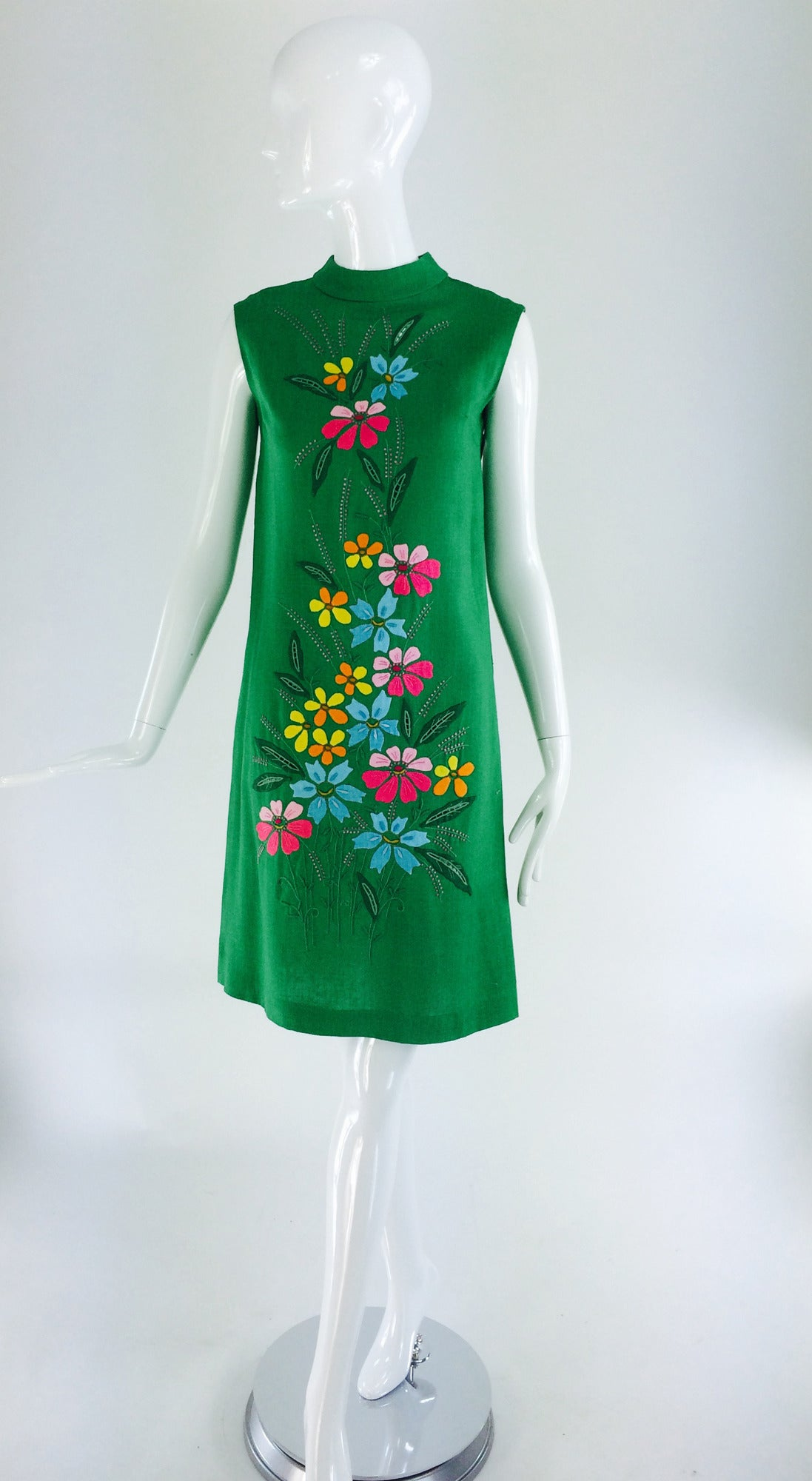 1960s colourful Madeira applique linen shift dress 4
