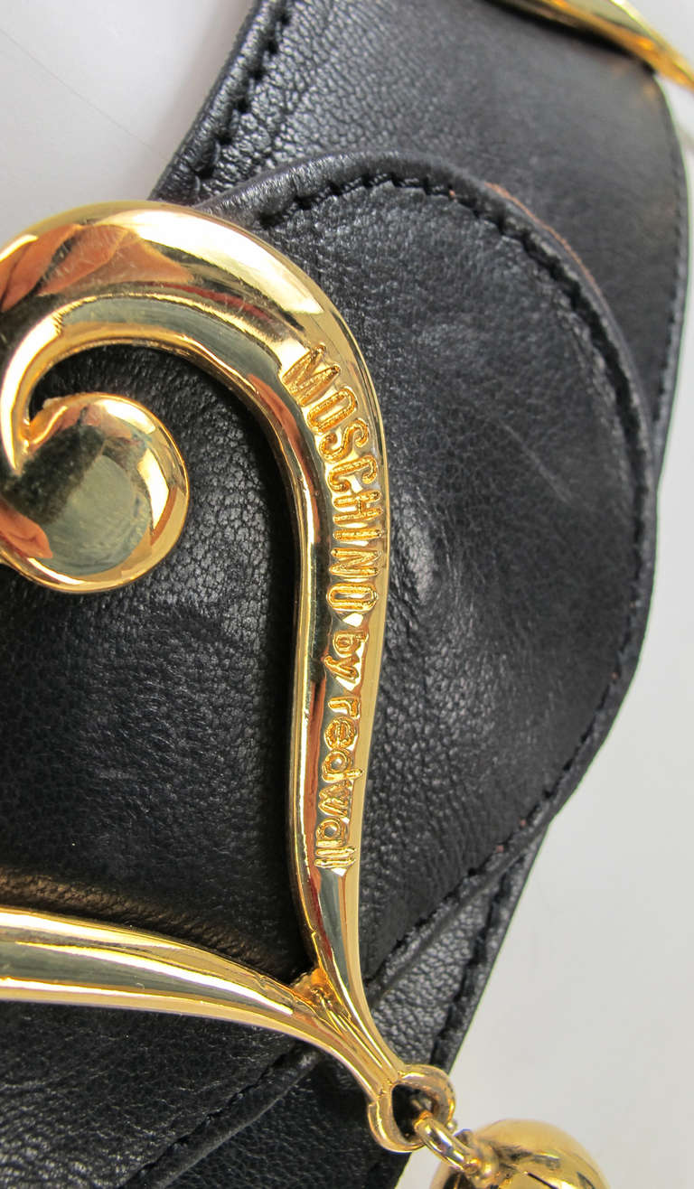 1980s Moschino Redwall leather hearts belt 3