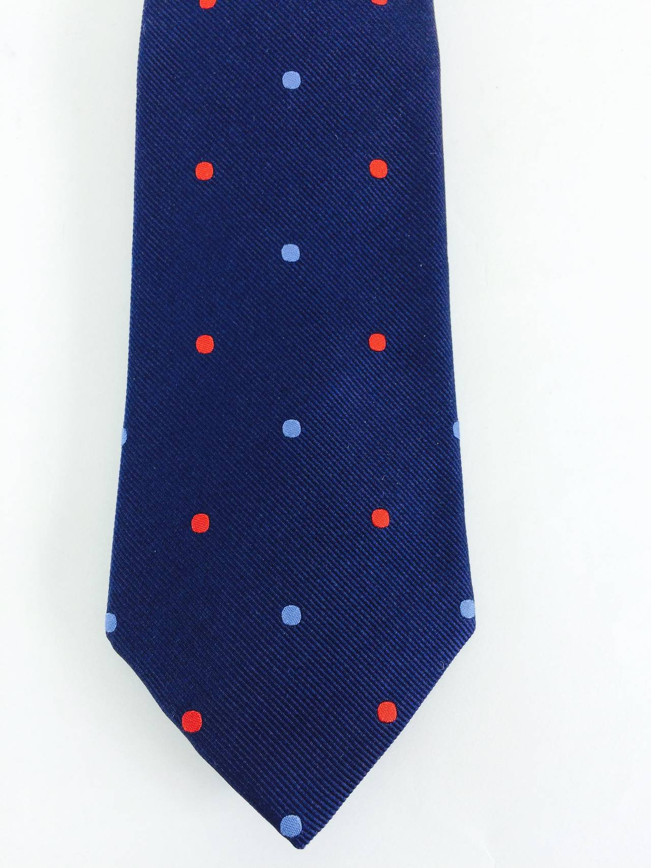 Turnbull & Asser navy blue silk twill tie with light blue & red dots in excellent condition