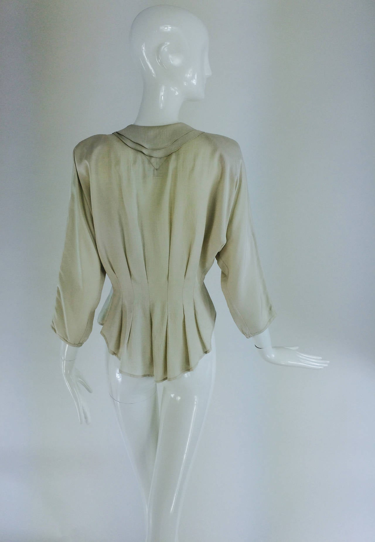 Women's Jean Palant London bone textured silk draped back blouse For Sale