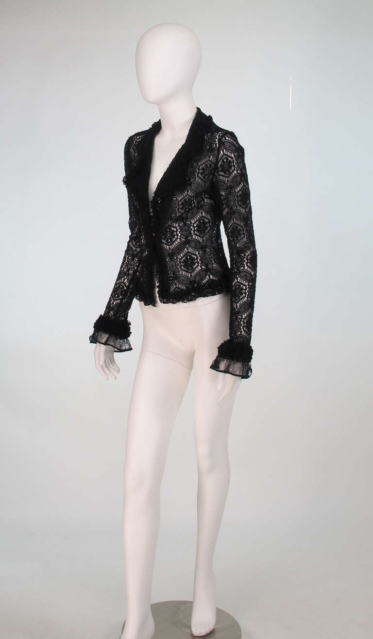Black 04A Chanel black lacy wool sweater For Sale