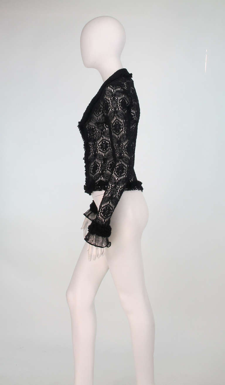 04A Chanel black lacy wool sweater In Excellent Condition For Sale In West Palm Beach, FL