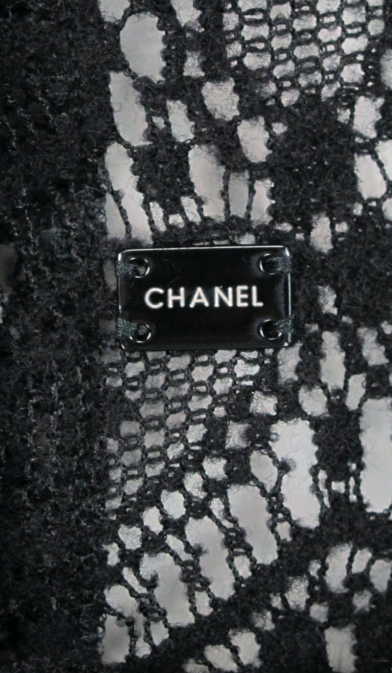 04A Chanel black lacy wool sweater For Sale 4