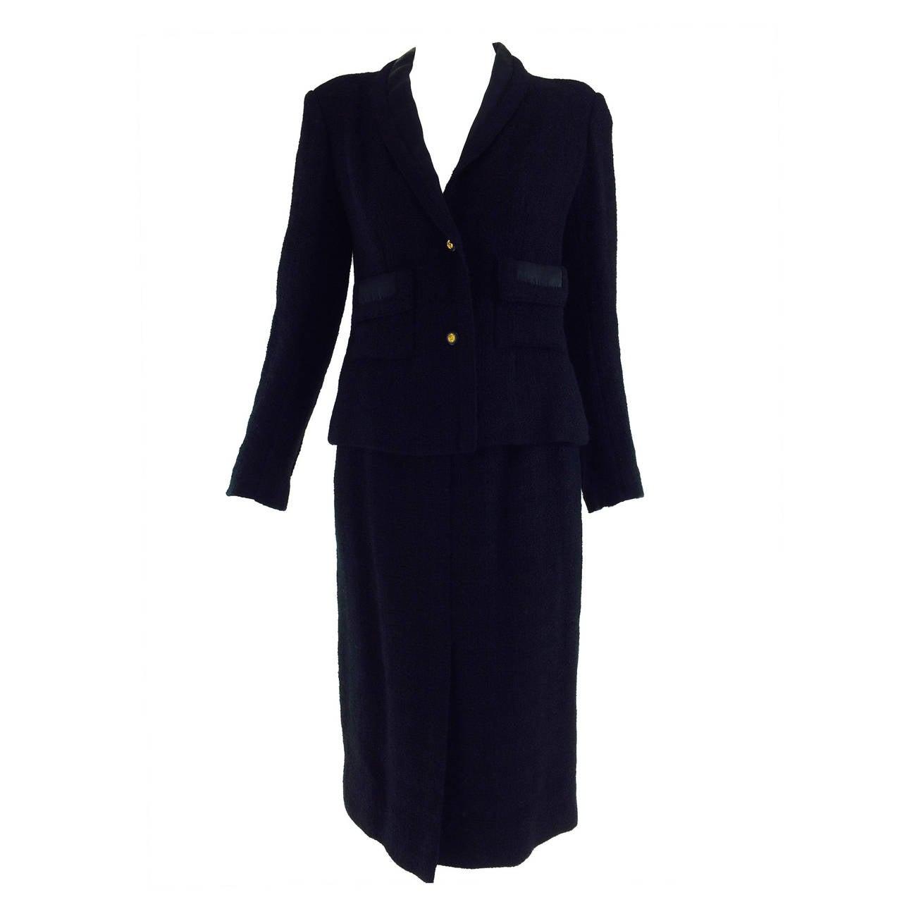 Chanel Creations-Paris black tweed wool suit dated 11/1/1971