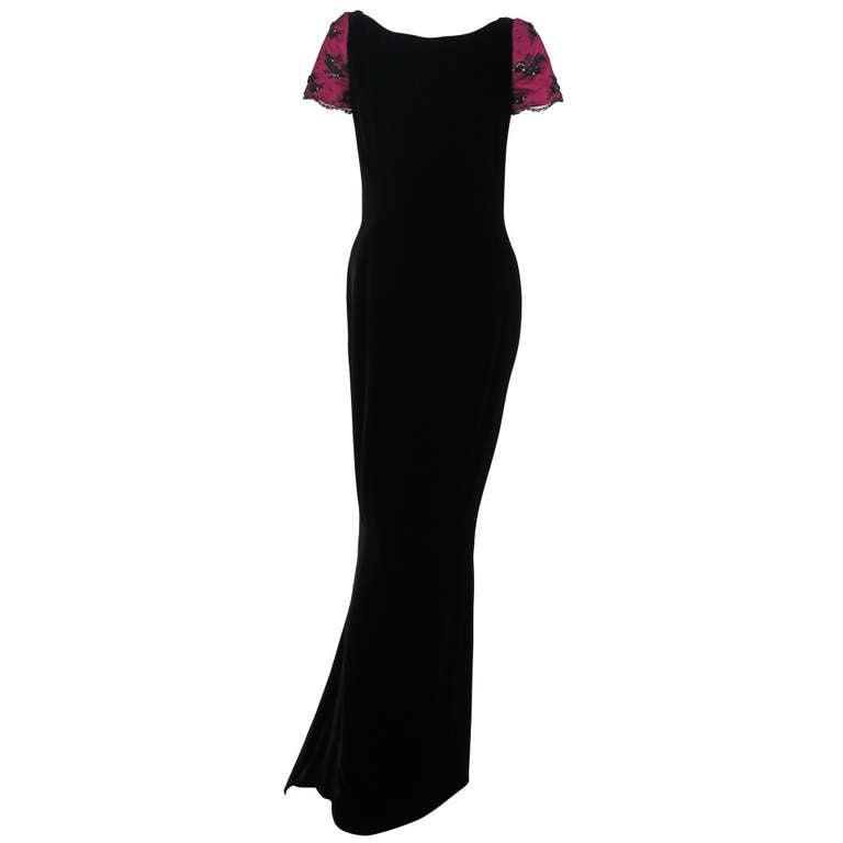 1990s Oscar de la Renta black velvet gown