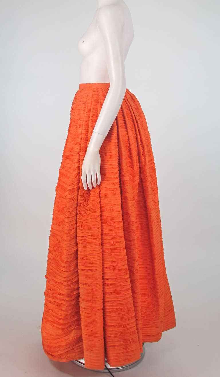 Red 1950s Sybil Connolly tangerine pleated linen skirt For Sale