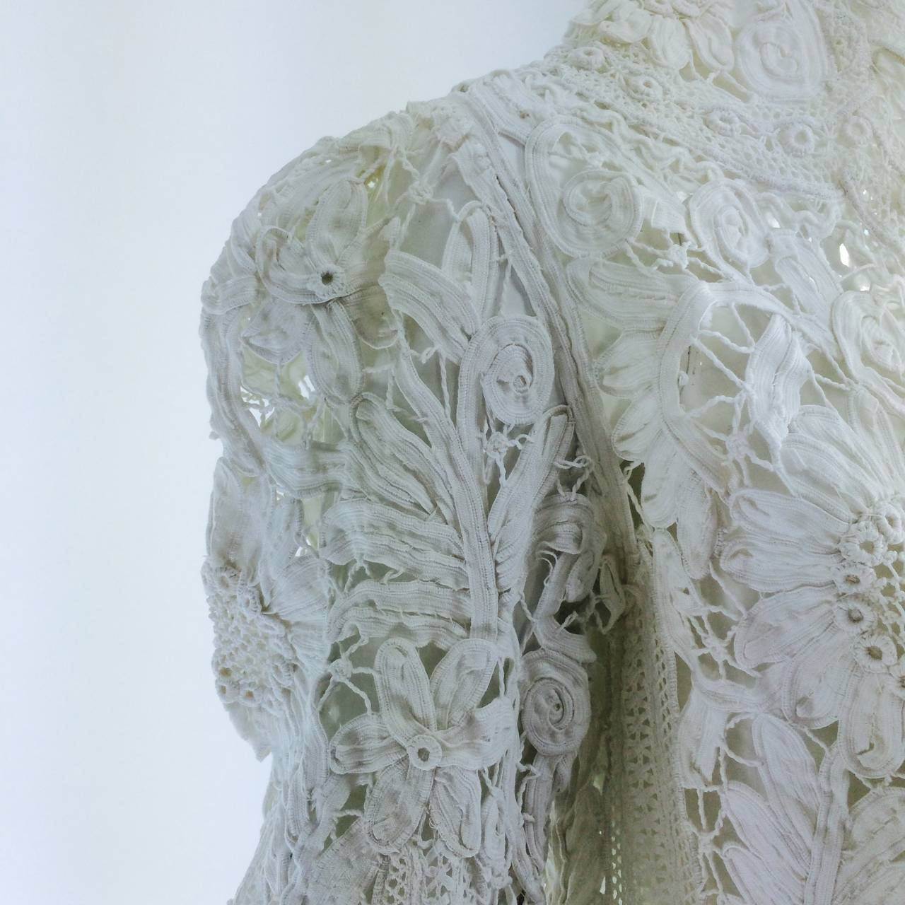 Battenburg white tape lace coat handmade Victorian For Sale 3