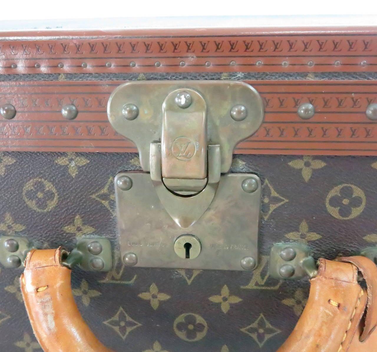 Louis Vuitton Alzar 80 monogram hardside suitcase/trunk 5