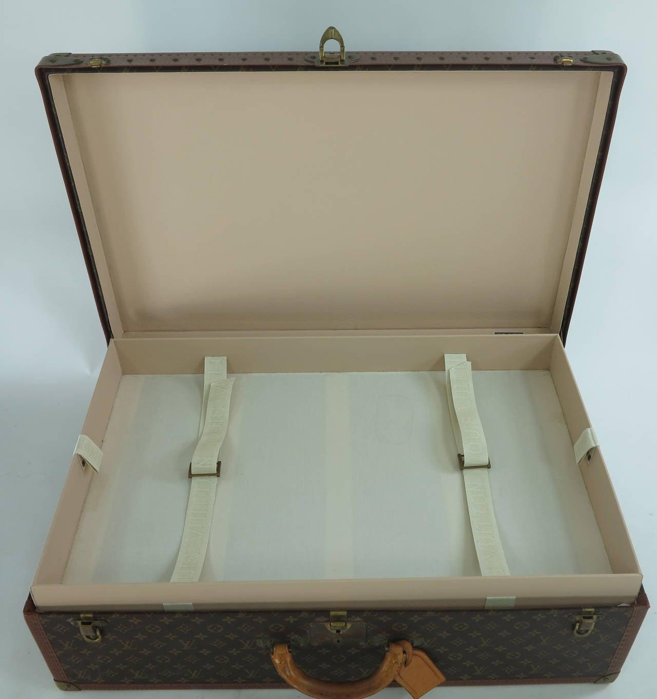 Louis Vuitton Alzar 80 monogram hardside suitcase/trunk 6
