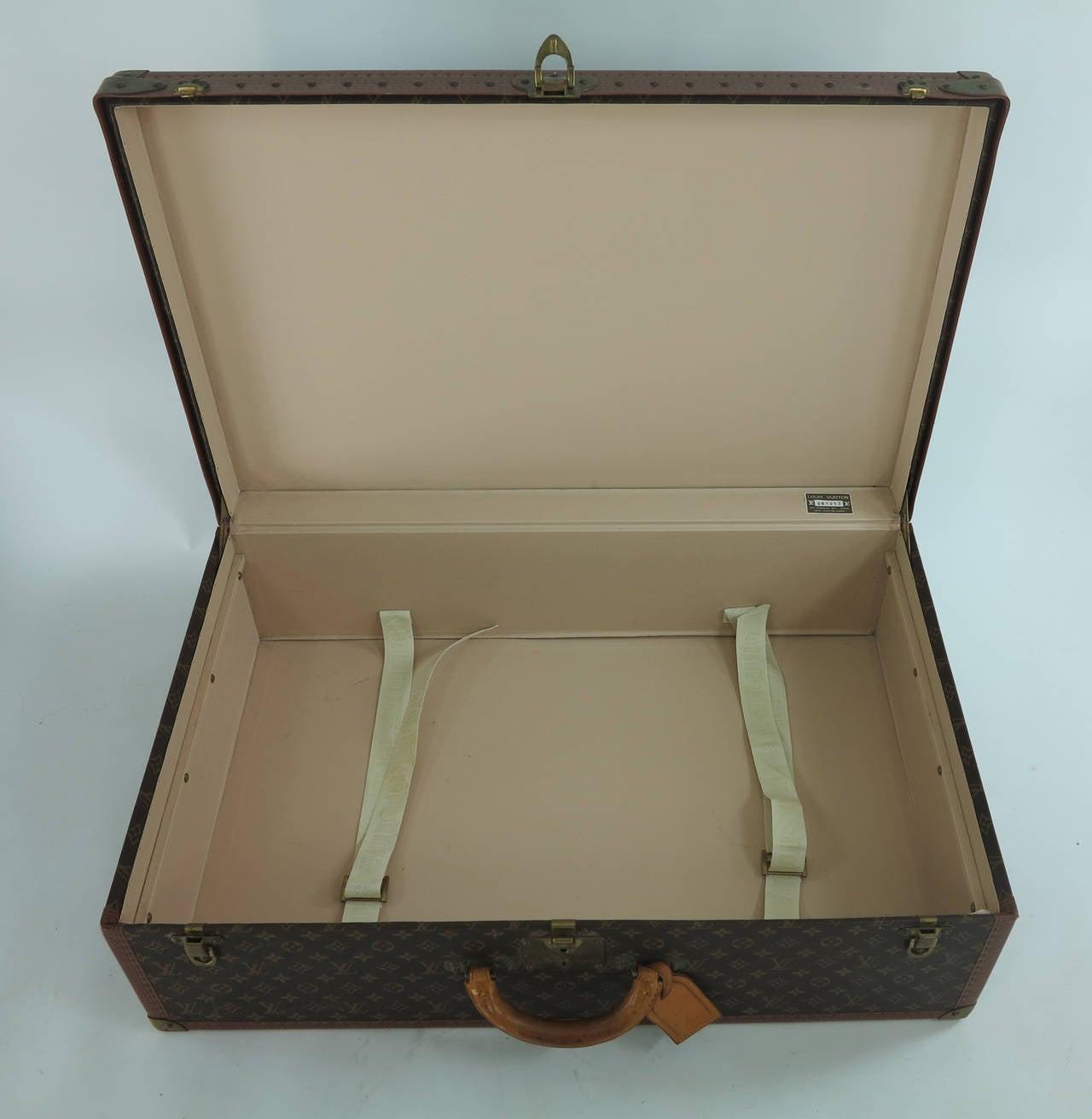 Louis Vuitton Alzar 80 monogram hardside suitcase/trunk 7
