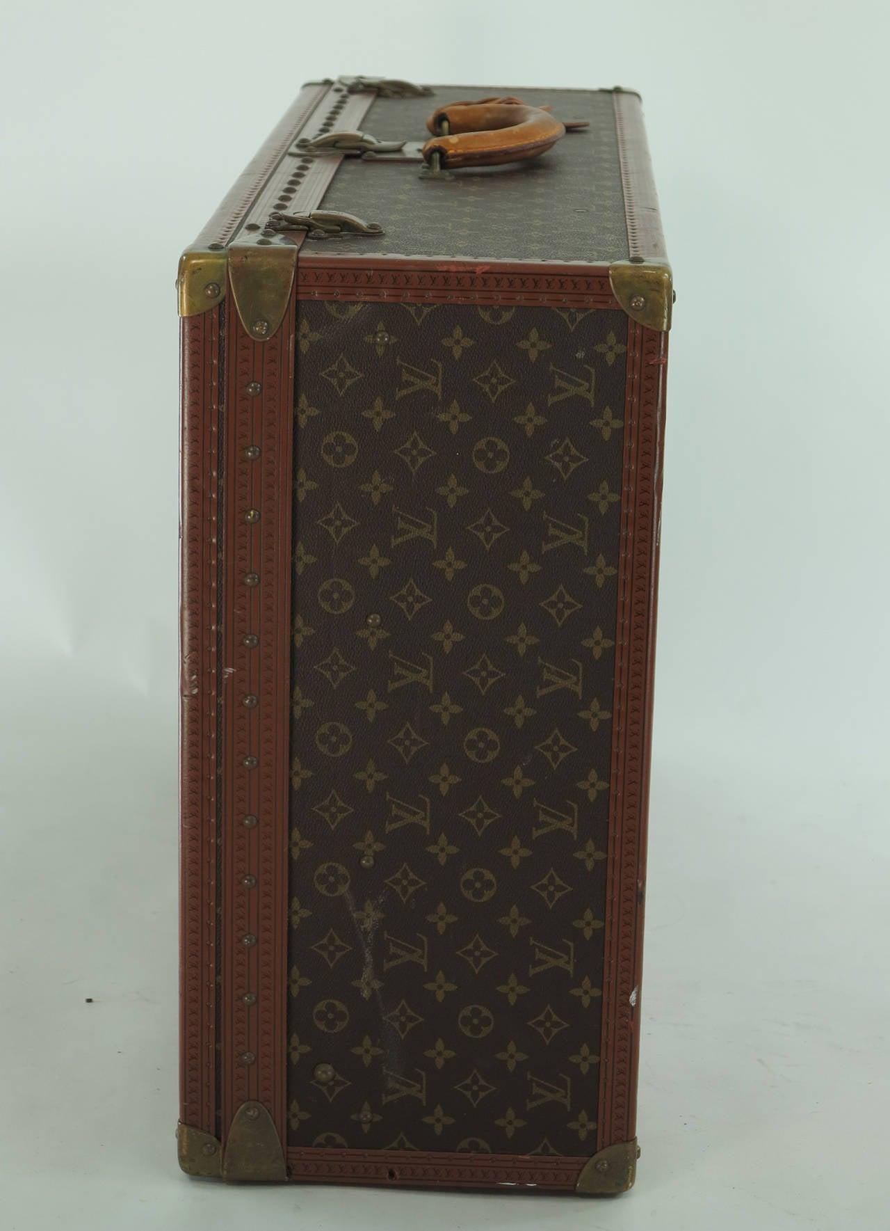 Louis Vuitton Alzar 80 monogram hardside suitcase/trunk 9