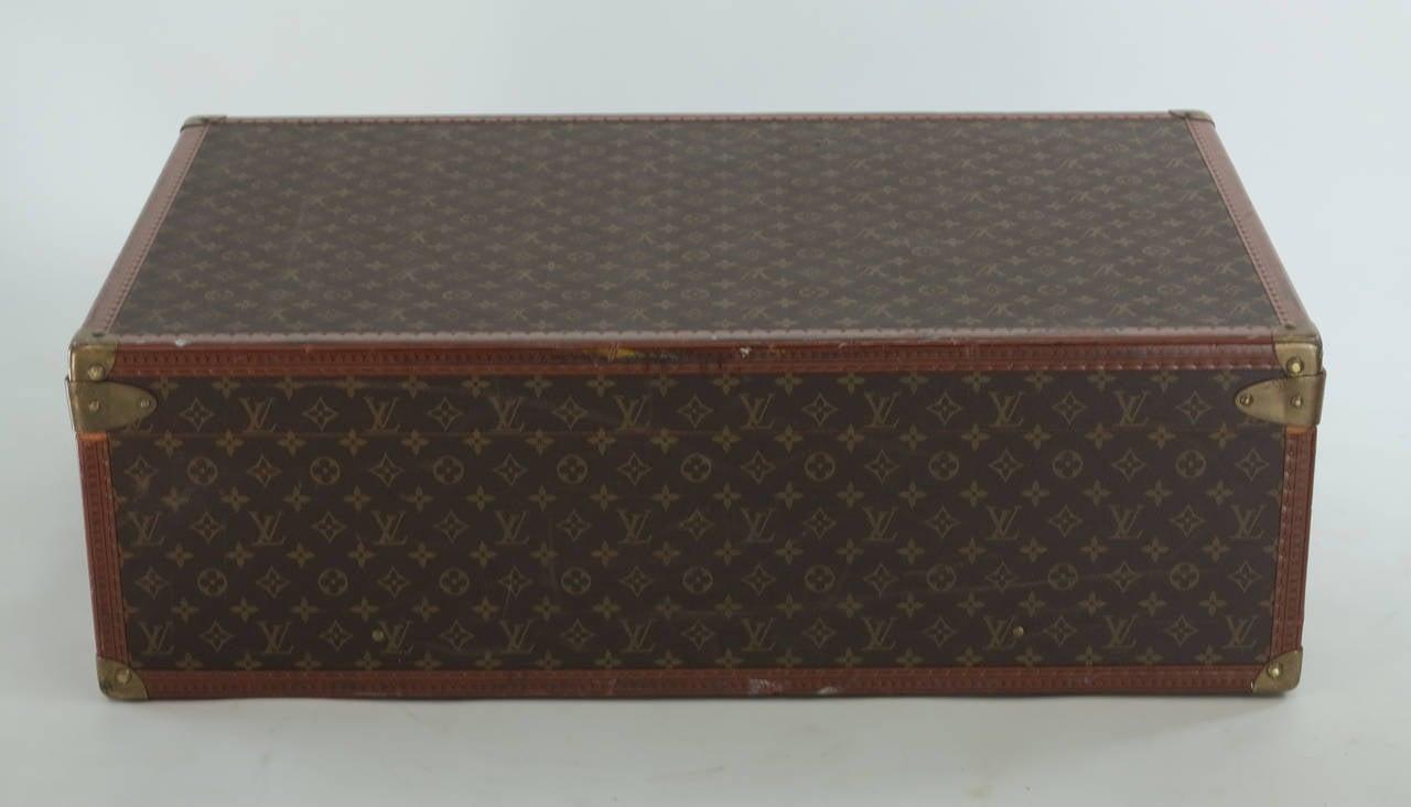 Louis Vuitton Alzar 80 monogram hardside suitcase/trunk 10