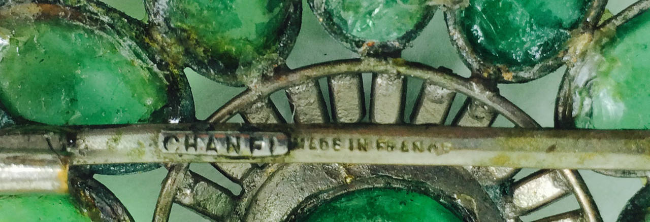 Chanel rare early signed large Gripoix emerald brooch 1950s 3
