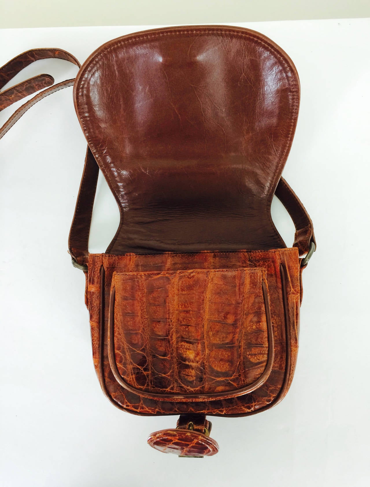 Saddle bag handbag cognac leather faux alligator Neiman Marcus 1980s 5