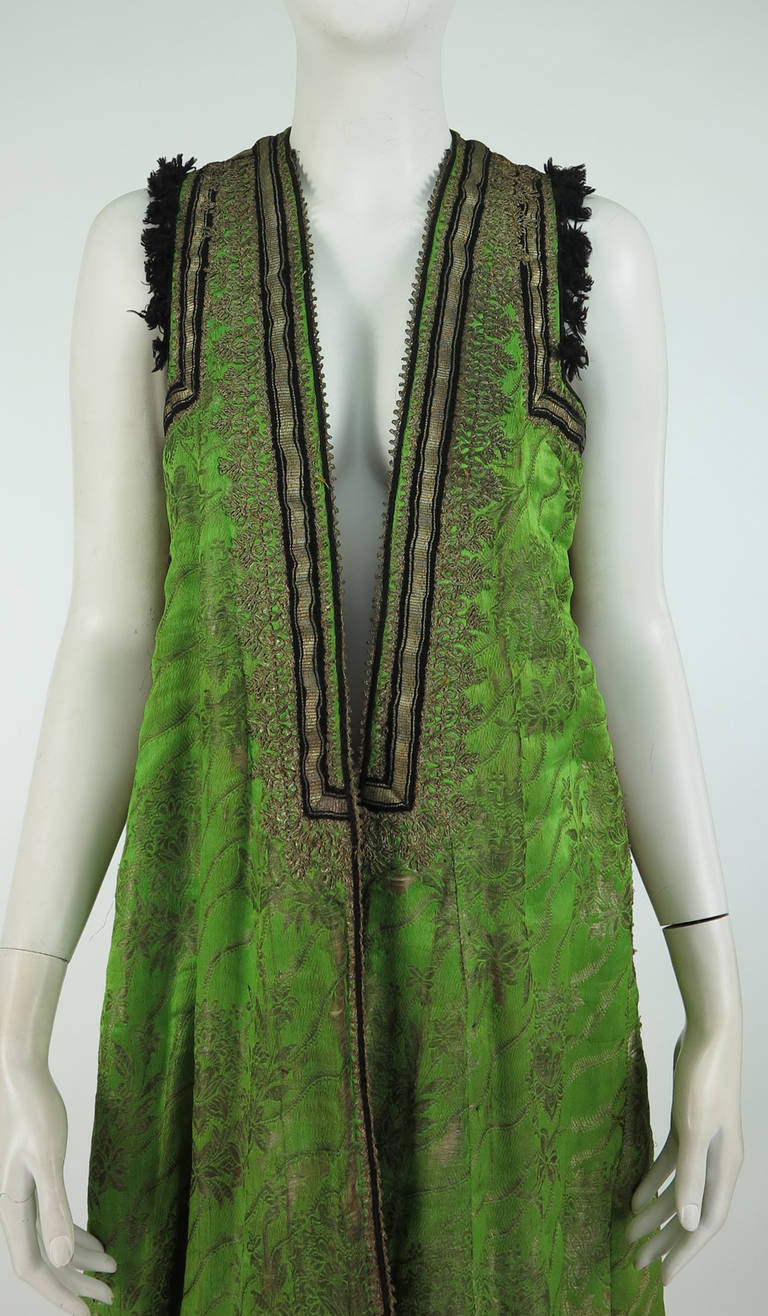 Early 20th Century Turkish silver metallic silk brocade sleeveless wedding coat 2