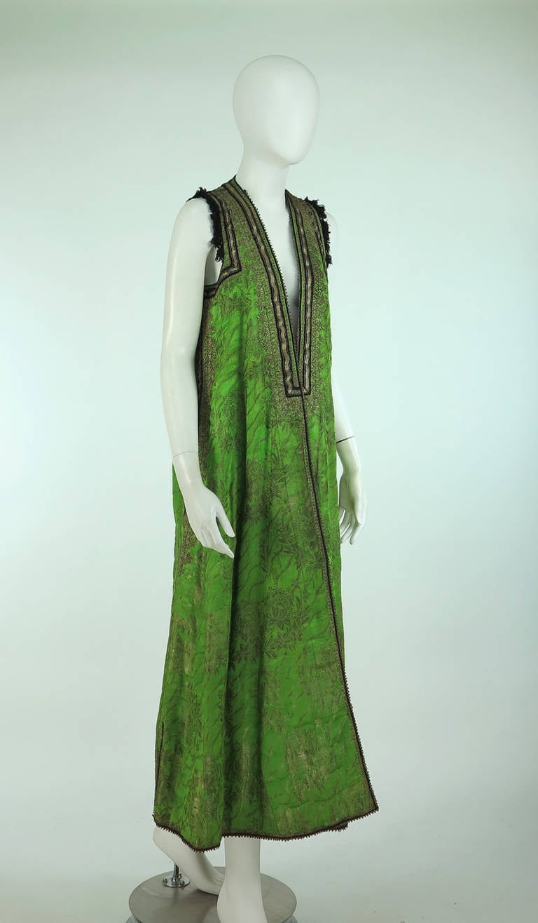 Early 20th Century Turkish silver metallic silk brocade sleeveless wedding coat 3