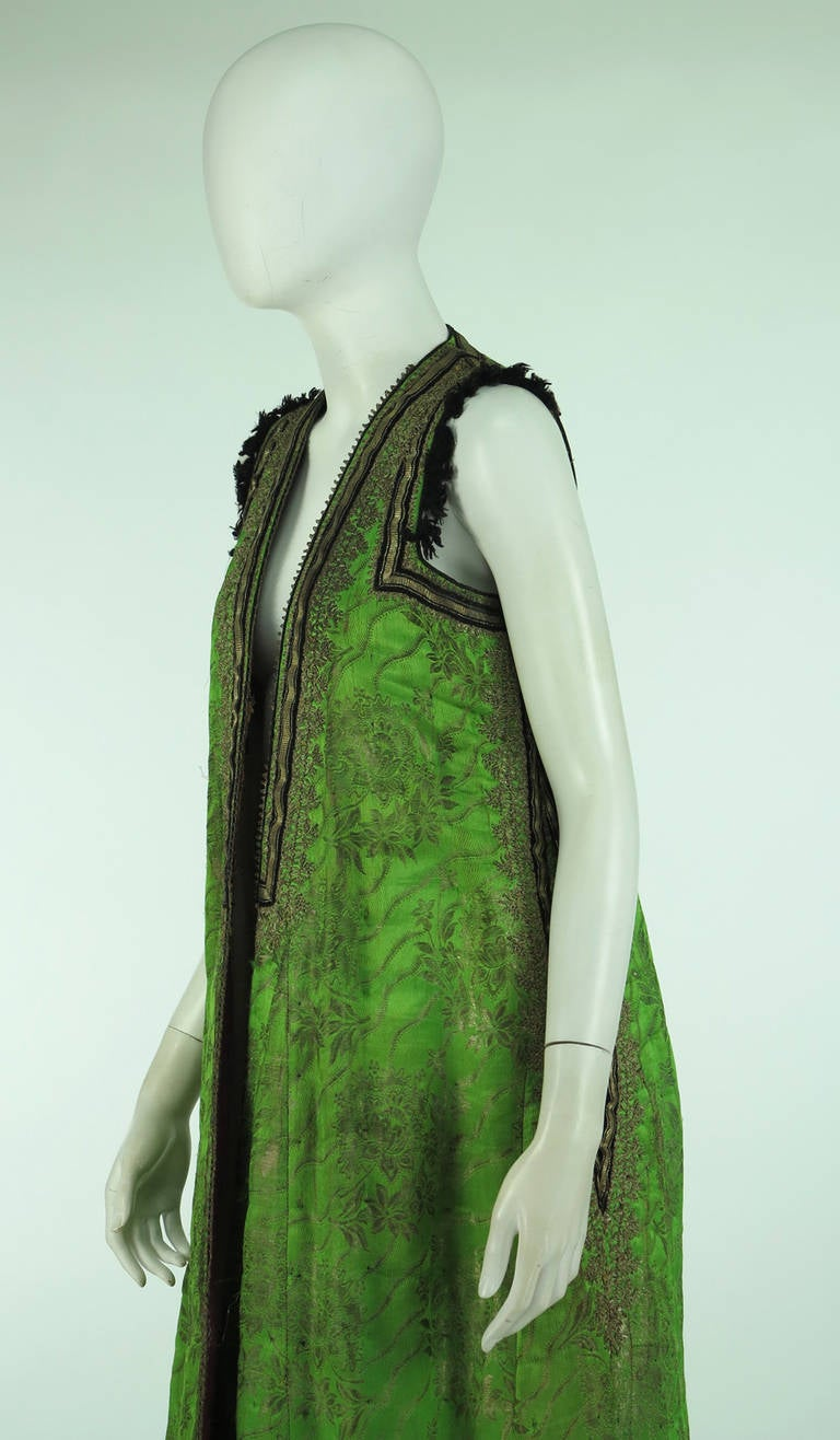 Early 20th Century Turkish silver metallic silk brocade sleeveless wedding coat 9
