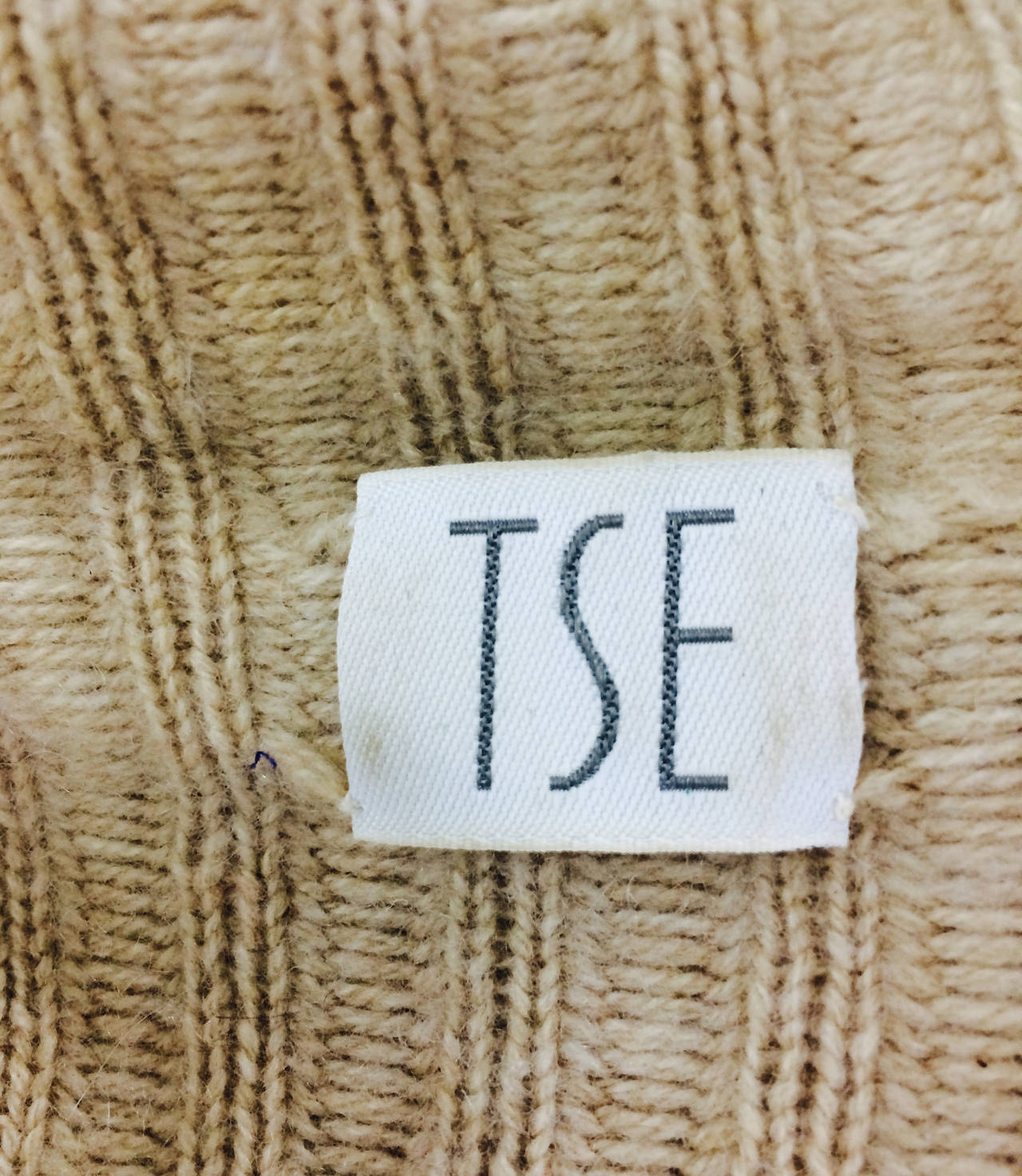 TSE beige cashmere & karakul zip front sweater jacket For Sale 3