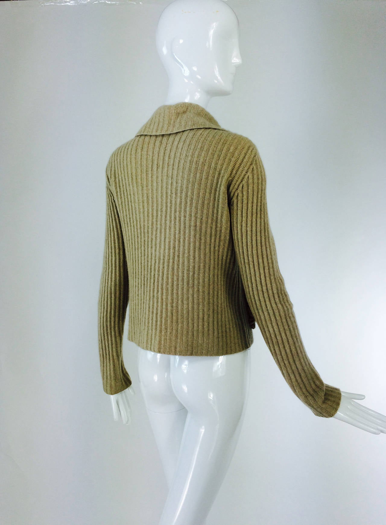 TSE beige cashmere & karakul zip front sweater jacket In Good Condition For Sale In West Palm Beach, FL